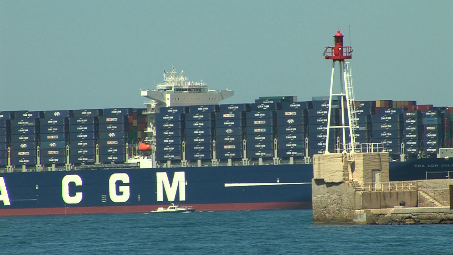 Economie marseille le plus gros porte - Le plus gros porte container du monde ...