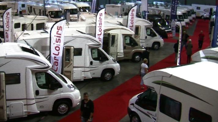 Loisirs martigues salon du camping car c 39 est reparti pour un tour - Salon du camping car paris ...