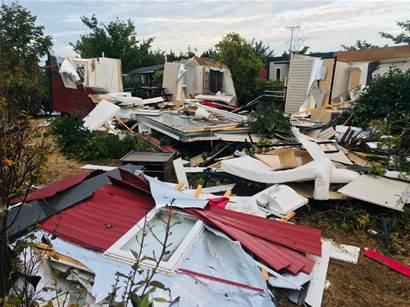 La tornade a fait énormément de dégats à Pont-de-Crau à Arles - Maritima.Info - Maritima.info
