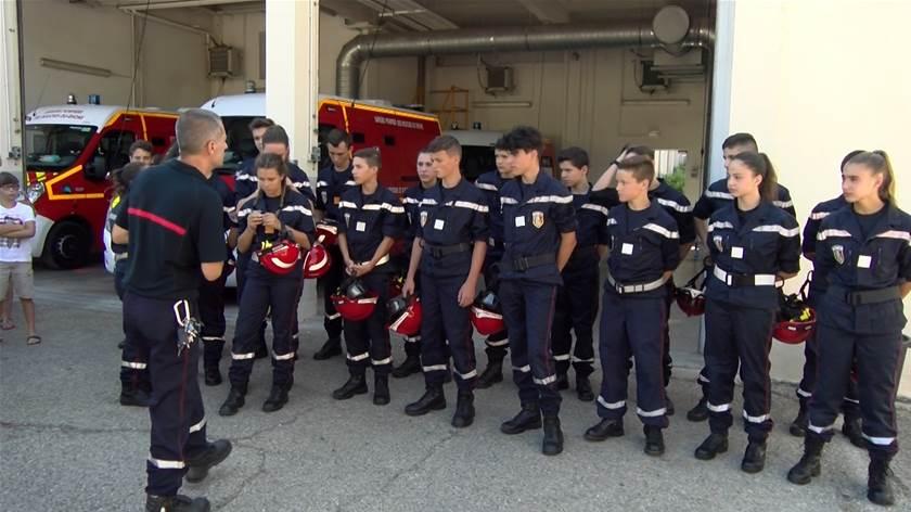 La Fierté Des Jeunes Sapeurs Pompiers Diplômés à Martigues