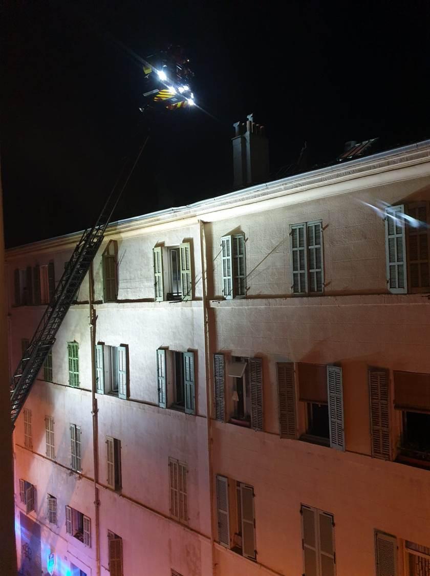 Effondrement d'une toiture à Marseille