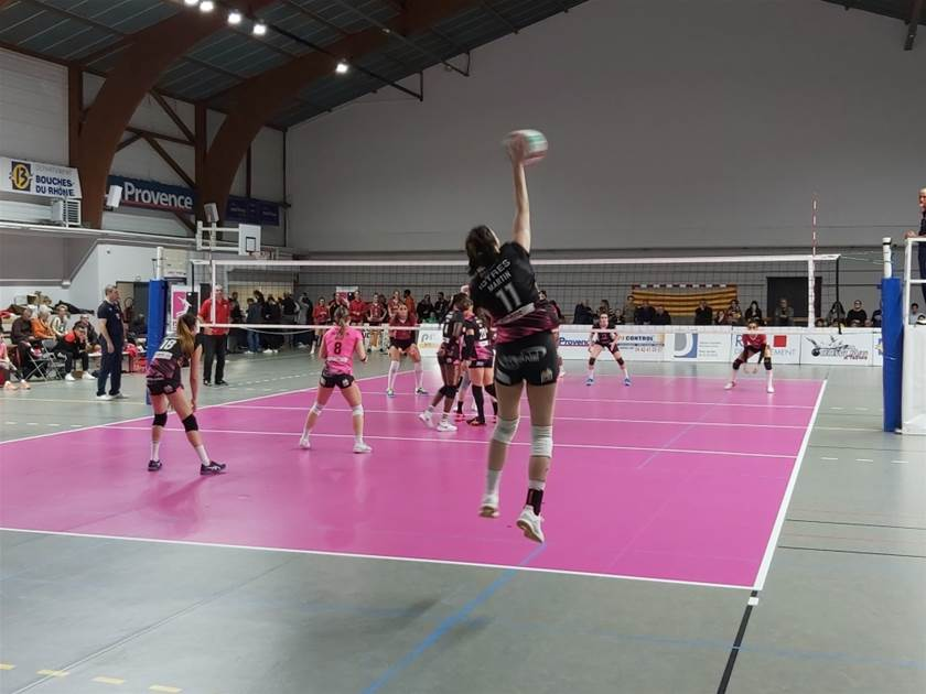 Istres Provence Volley Saint Dié